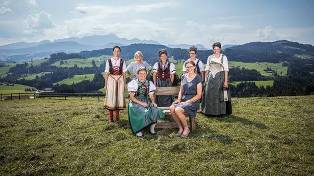 Gruppenfoto der Landrauen