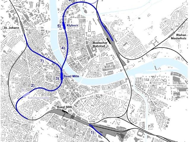 Ein Basler Stadtplan, die Linienführung des Herzstückes ist blau markiert.