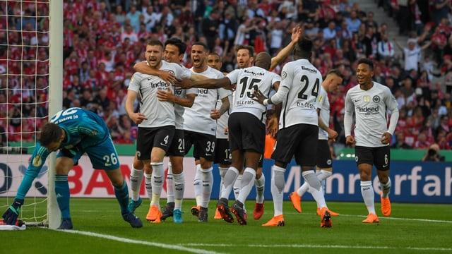 Eintracht Frankfurt jubelt
