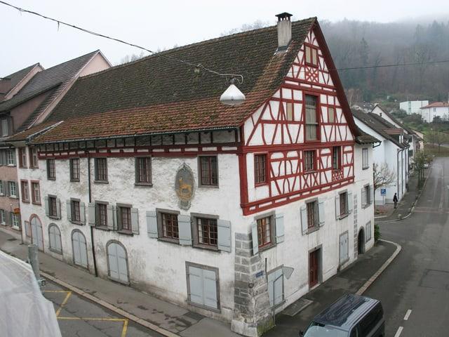 Aussenansicht des Riegelhauses «Leuen» in Zurzach