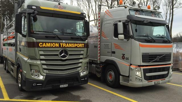 Zwei Lastwagen