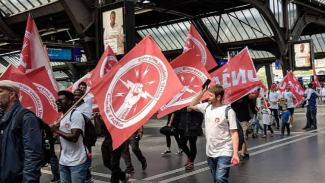 Demonstranten am Zürcher Hauptbahnhof