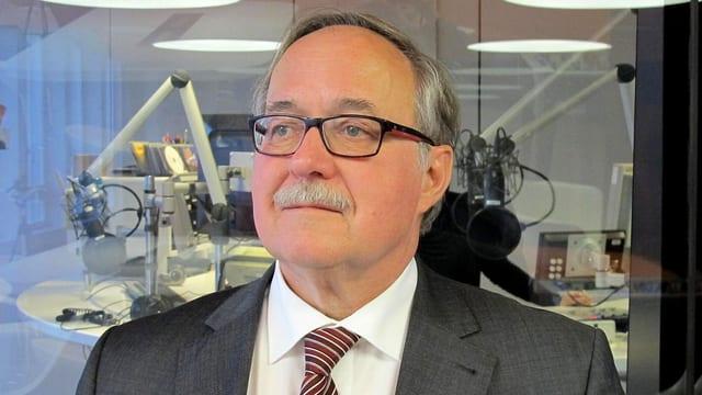 Porträt Alt Bundesrat Samuel Schmid