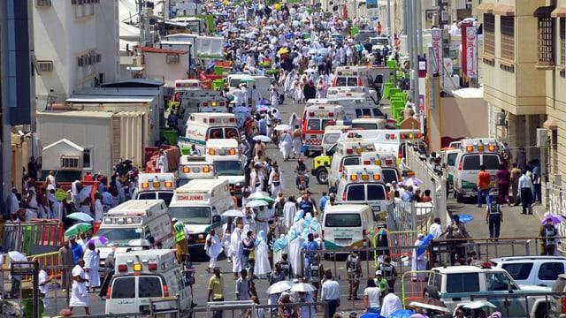 Rettungsfahrzeuge in Mekka