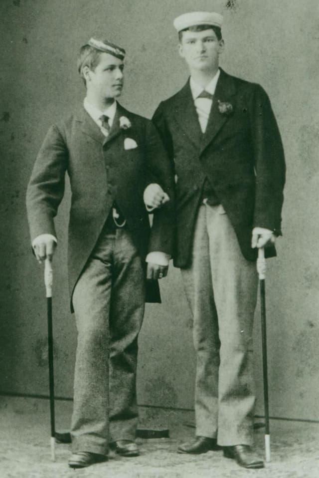 Man sieht Paul und Fritz Sarasin als Zofingerstudenten.