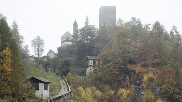 La ruina Castelmur in Val Bregaglia
