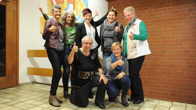 Sura da sanester: Astrid Flepp, Christina Bundi, Katrin Pally, Manuela Maissen, Christina Làbas. Giusut Rita Furger e Rita Huonder