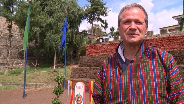 Der Zürcher Architekt Peter Schmid lebt und arbeitet seit 24 Jahren in Bhutan.