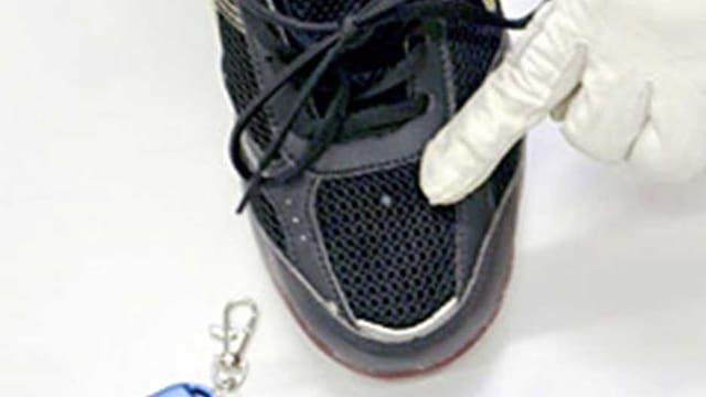 Kamera in einem Schuh