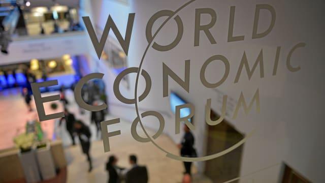 Blick in die Tagungsräume beim WEF 2014