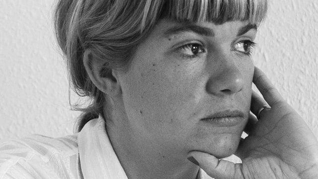 Porträ Julia Weber