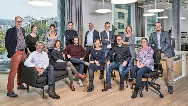 Bild mit allen Mitarbeitern der Regionalredaktion Basel.