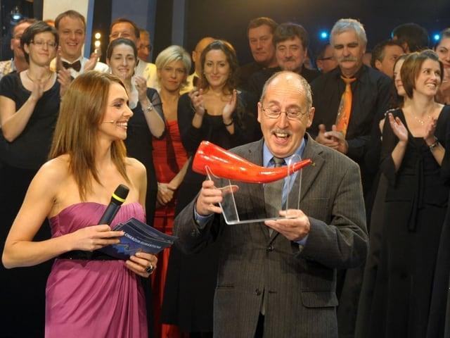 Il 2009 vegn «La sera sper il lag» Gion Balzer Casanova proclamada «LA chanzun rumantscha»