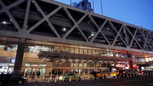 La staziun da bus Port Authority a Manhattan.
