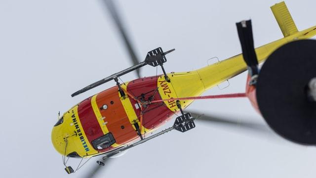Il helicopter durant l'acziun.