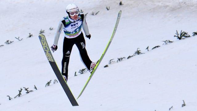 Simon Ammann während dem Skifliegen in Bad Mitterndorf.
