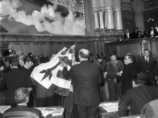 Demonstration in Bundeshaus