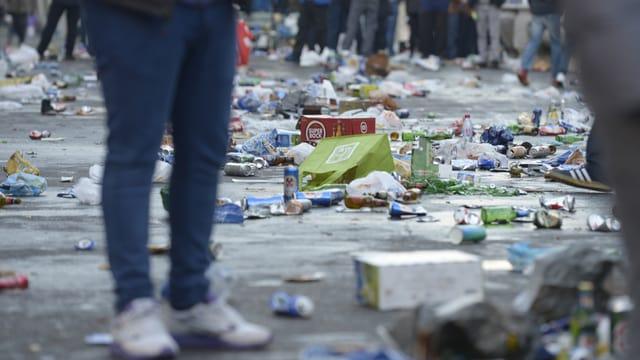 Abfall auf der Strasse