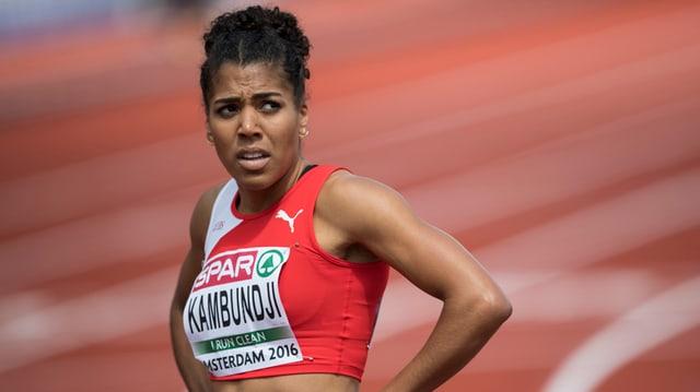 purtret da Mujinga Kambundji, la sprintra svizra