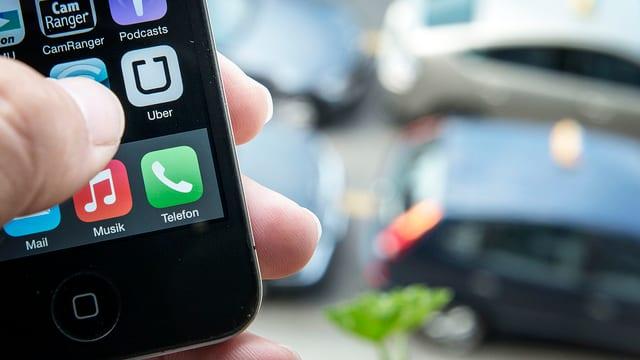 Uber-App auf einem Handy
