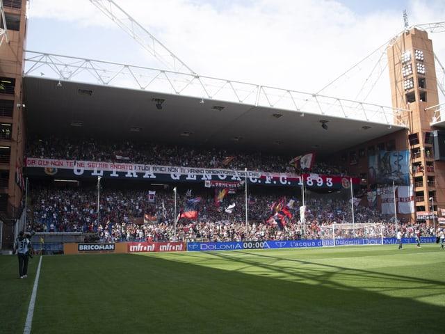 Blick auf das Stadion in Genua.