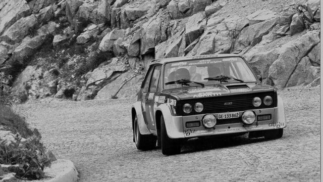 Auto da cursa sin la via da la Tremola (Pass dal Gottard) 1978.