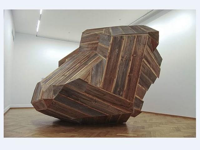 Ein Findling aus Holz