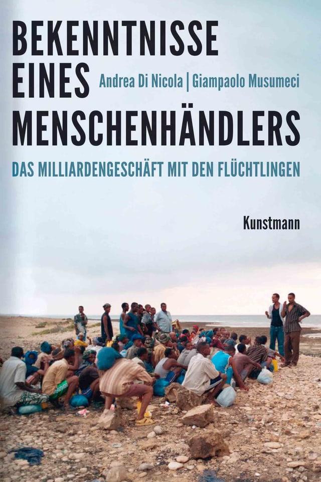 Buchcover: Foto von Flüchtlingen am Strand darüber Schrift.