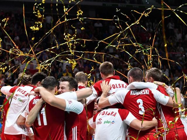 Polens Nationalteam jubelt.