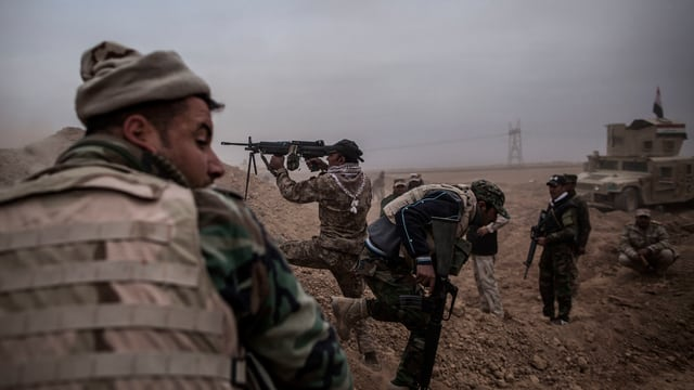 Streitkräfte der Anti-IS-Koalition greifen die Terrormiliz an.