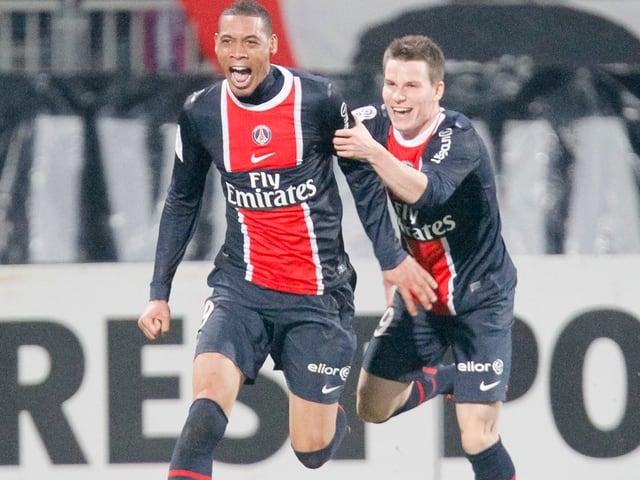 Guillaume Hoarau und Kevin Gameiro 2012 im Trikot von Paris Saint-Germain.