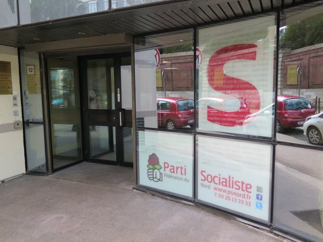 Der Eingang der Parteizentrale der Parti socialiste in Lille.