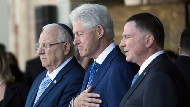 Bill Clinton pflegte zu Peres eine historische Beziehung.