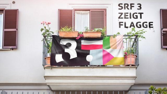 SRF 3 zeigt Flagge