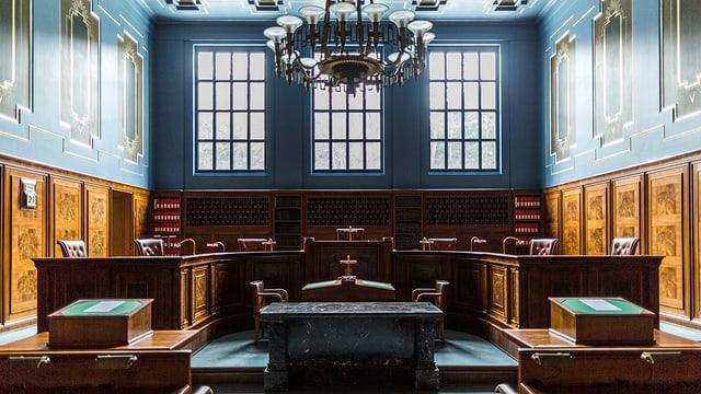 Blauer Saal im Bundesgericht Lausanne.