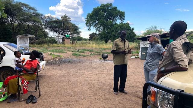 Die Organisation «Elefanten ohne Grenzen» sucht mit betroffenen Bauern nach Lösungen.