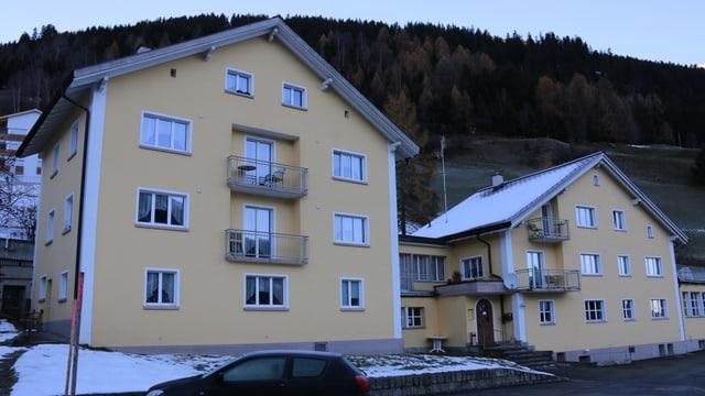 Hostel Cucagna - l'anteriur Hotel Bellavista - duai dar suttetg a requirents d'asil.