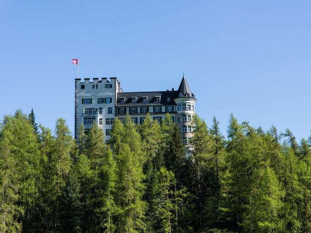 Hotel Waldhaus: Es ist eines der wenigen Fünfsternehäuser in der Schweiz, die seit der Eröffnung im gleichen Familienbesitz sind