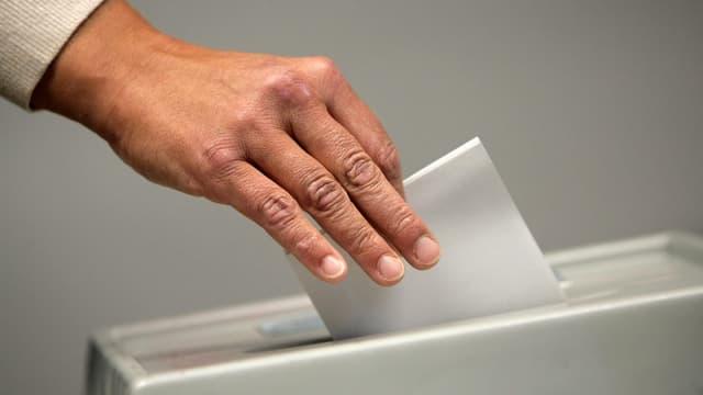 Las partidas han decidì tranter auter las parolas per la votaziun naziunala dals 24 da settember.