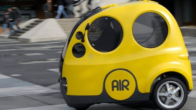 Airpod auf einer Testfahrt auf dem EPFL Areal in Lausanne
