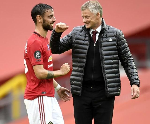 Coach Solskjaer und der Portugiese Bruno Fernandes.