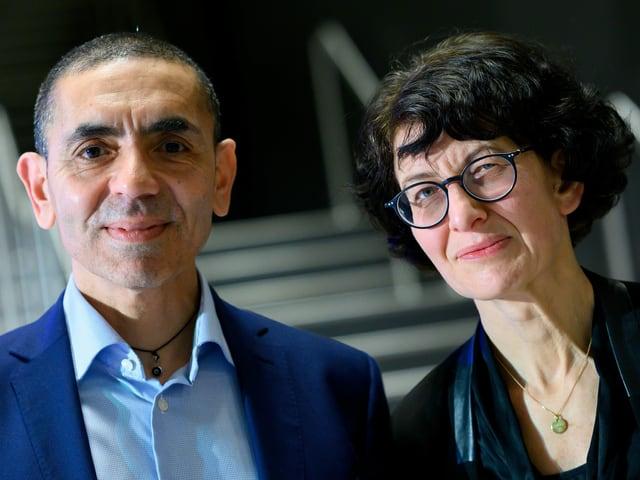 Porträt der beiden Biontech-Gründer Ugur Sahin und Oezlem Tuereci