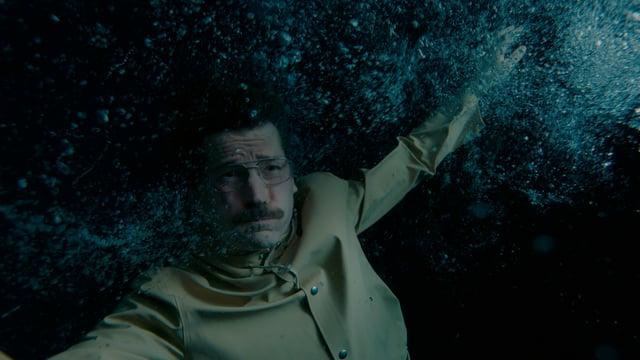 Der Held unter Wasser.