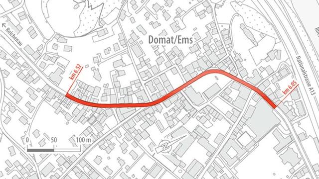 In plan da Domat cun dessignà il traject da via.