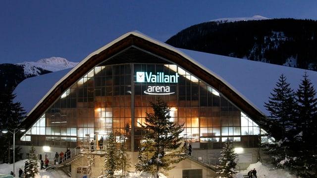 Vesta sin la «Vaillant Arena» - in stadium da hockey sin glatsch a Tavau.