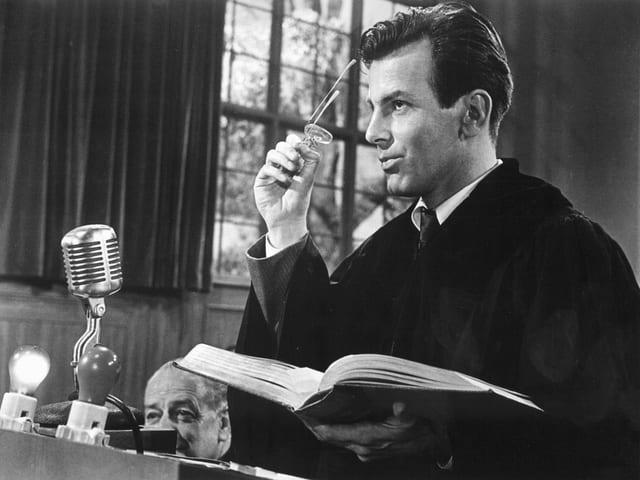 Maximilian Schell im Film «Das Urteil von Nürnberg» von 1961.