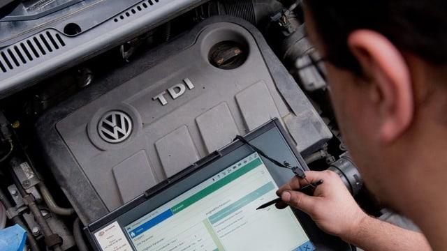 VW aveva concedì ch'era l'emissiun dal CO2 saja vegnì manipulada.