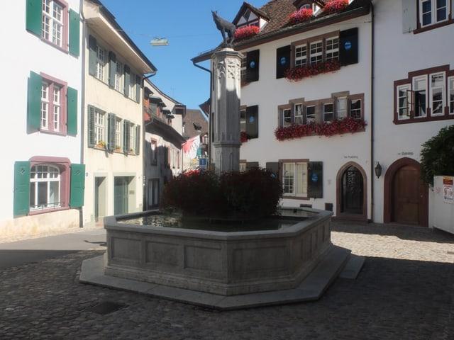 Gemsbergbrunnen am Basler Gemsberg.