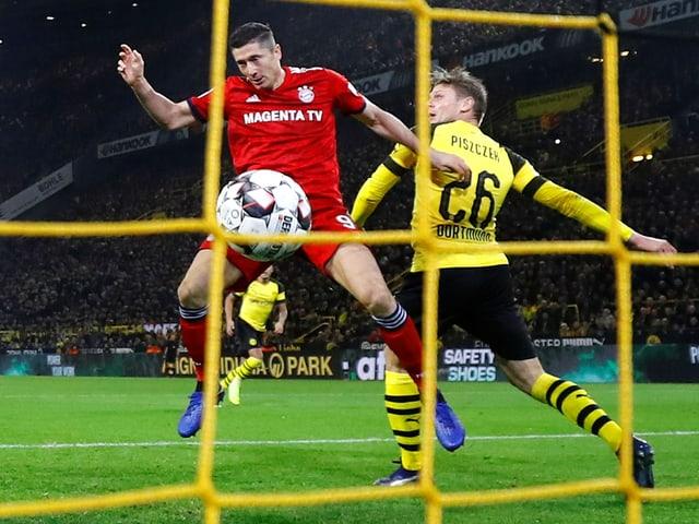 Szene aus Dortmund-Bayern vom 10. November.