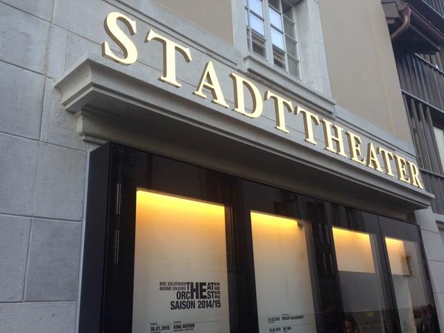 Eingang zum Stadttheater
